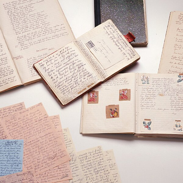 Anne Frank different diary papers. © Anne Frank Foundation